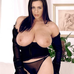 Linsey Dawn McKenzie in 'Linsey Dawn McKenzie' Long Cool Woman In A Black Dress (Thumbnail 9)