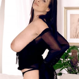 Linsey Dawn McKenzie in 'Linsey Dawn McKenzie' Long Cool Woman In A Black Dress (Thumbnail 11)