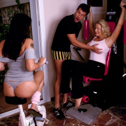 Linsey Dawn McKenzie in 'Linsey Dawn McKenzie' Maximum Insertion: One Into Two (Thumbnail 1)