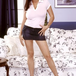 Linsey Dawn McKenzie in 'Linsey Dawn McKenzie' Mini-Skirt Mania (Thumbnail 1)
