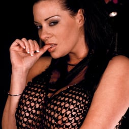 Linsey Dawn McKenzie in 'Linsey Dawn McKenzie' Passing The Bar (Thumbnail 5)