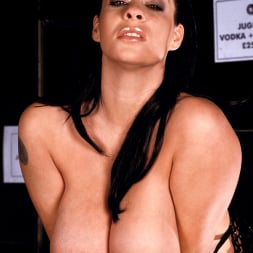 Linsey Dawn McKenzie in 'Linsey Dawn McKenzie' Passing The Bar (Thumbnail 14)