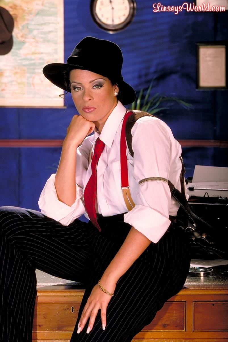 Linsey Dawn McKenzie 'Private Dick' starring Linsey Dawn McKenzie (Photo 8)