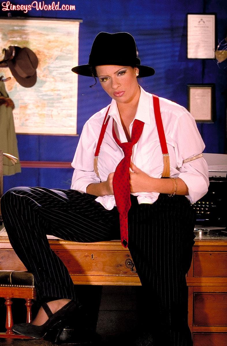 Linsey Dawn McKenzie 'Private Dick' starring Linsey Dawn McKenzie (Photo 11)