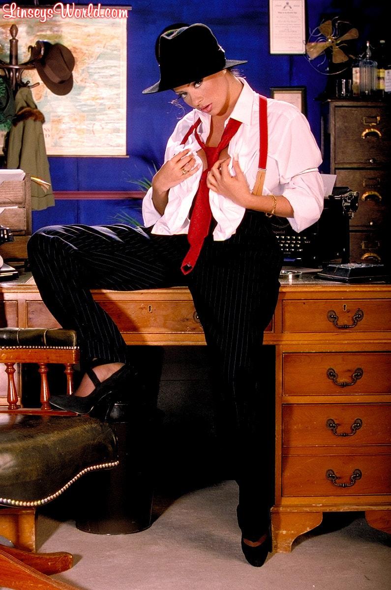 Linsey Dawn McKenzie 'Private Dick' starring Linsey Dawn McKenzie (Photo 13)