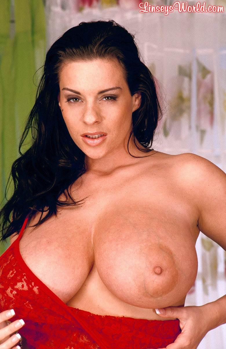 Linsey Dawn McKenzie 'Red Dynamo' starring Linsey Dawn McKenzie (Photo 4)