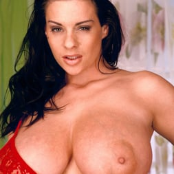 Linsey Dawn McKenzie in 'Linsey Dawn McKenzie' Red Dynamo (Thumbnail 4)