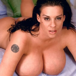Linsey Dawn McKenzie in 'Linsey Dawn McKenzie' Red Dynamo (Thumbnail 15)