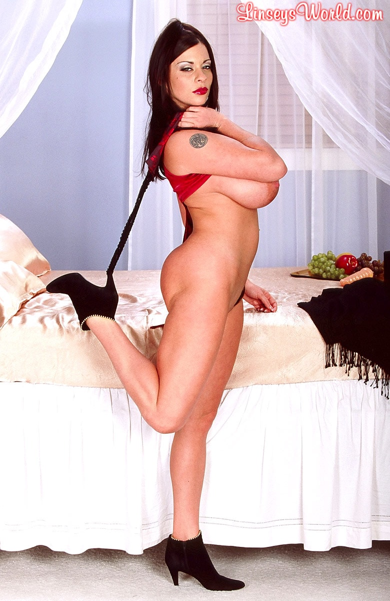 Linsey Dawn McKenzie 'Red Top' starring Linsey Dawn McKenzie (Photo 15)