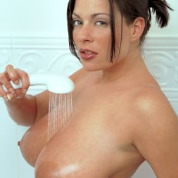 Linsey Dawn McKenzie in 'Linsey Dawn McKenzie' Share And Share Alike (Thumbnail 12)