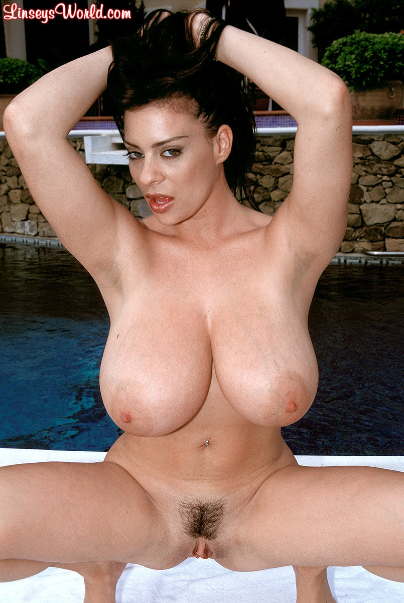 Linsey Dawn McKenzie 'The Deep End' starring Linsey Dawn McKenzie (Photo 7)