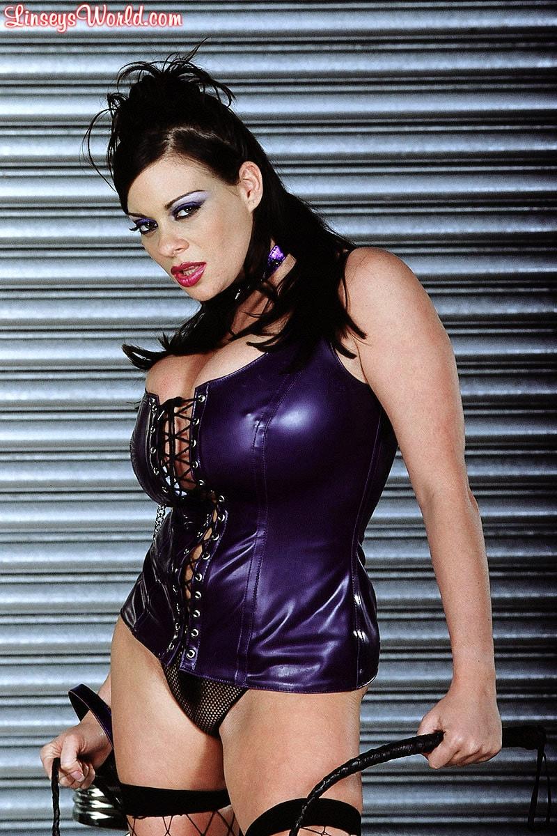 Linsey Dawn McKenzie 'Whip It' starring Linsey Dawn McKenzie (Photo 1)