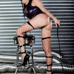 Linsey Dawn McKenzie in 'Linsey Dawn McKenzie' Whip It (Thumbnail 4)