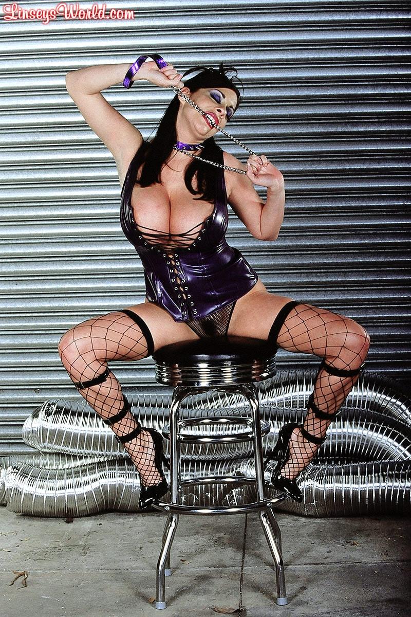 Linsey Dawn McKenzie 'Whip It' starring Linsey Dawn McKenzie (Photo 13)