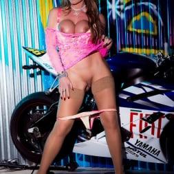 Lynda Leigh in 'Lynda Leigh' Biker Strip (Thumbnail 18)