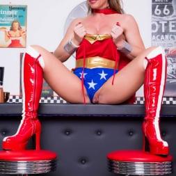 Lynda Leigh in 'Lynda Leigh' Horny Superhero (Thumbnail 4)