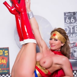 Lynda Leigh in 'Lynda Leigh' Horny Superhero (Thumbnail 6)