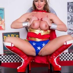 Lynda Leigh in 'Lynda Leigh' Horny Superhero (Thumbnail 22)