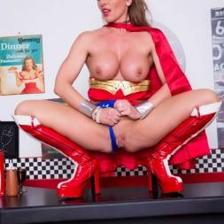 Lynda Leigh in 'Lynda Leigh' Horny Superhero (Thumbnail 23)