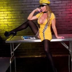 Lynda Leigh in 'Lynda Leigh' Need a ride (Thumbnail 1)