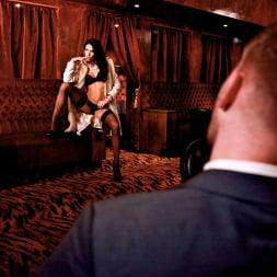 Megan Coxxx in 'Daring Sex' The Velvet Lounge (Thumbnail 4)