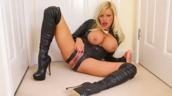 Michelle Thorne in 'Black Latex and Leather Boot Fuck'