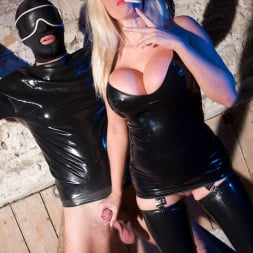 Michelle Thorne in 'Michelle Thorne' Latex Dungeon (Thumbnail 1)