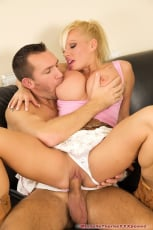 Michelle Thorne - Licked And Fucked (Thumb 11)