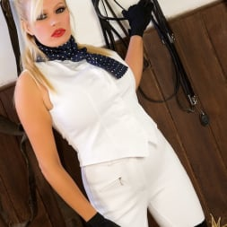 Michelle Thorne in 'Michelle Thorne' Sybian Stable (Thumbnail 1)