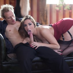 Paige Turnah in 'Daring Sex' Seduce (Thumbnail 3)