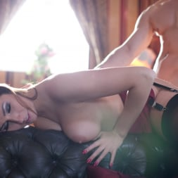 Paige Turnah in 'Daring Sex' Seduce (Thumbnail 11)