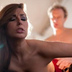 Paige Turnah in 'Daring Sex' Seduce (Thumbnail 13)