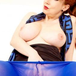 Red XXX in 'Red XXX' Blue Pantyhose (Thumbnail 11)