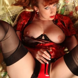 Red XXX in 'Red XXX' China (Thumbnail 13)