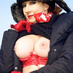 Red XXX in 'Red XXX' Country Red (Thumbnail 20)