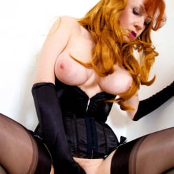 Red XXX in 'Red XXX' Cum With Me (Thumbnail 19)