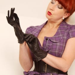 Red XXX in 'Red XXX' FF Stockings (Thumbnail 1)