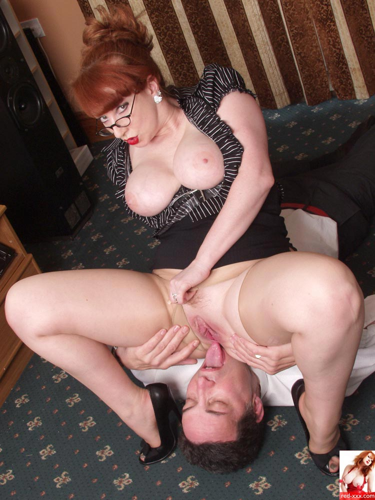 Red XXX 'Face Sitting' starring Red XXX (Photo 19)