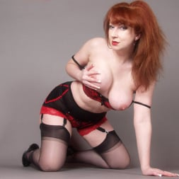 Red XXX in 'Red XXX' Franzini AF (Thumbnail 5)