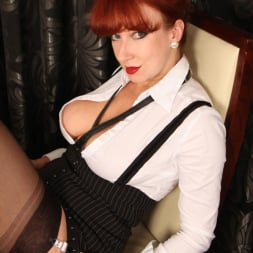 Red XXX in 'Red XXX' Hard Day (Thumbnail 3)