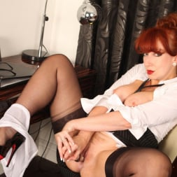 Red XXX in 'Red XXX' Hard Day (Thumbnail 19)