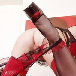 Red XXX in 'Red XXX' Icehouse (Thumbnail 1)