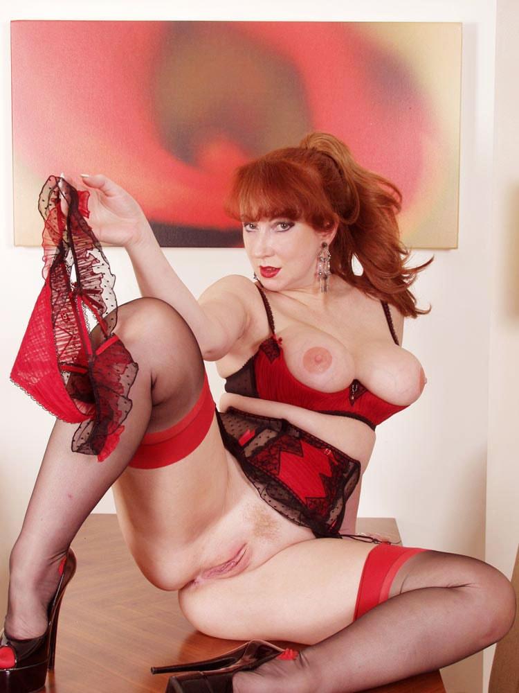 Red XXX 'Icehouse' starring Red XXX (Photo 13)