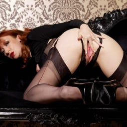 Red XXX in 'Red XXX' Lets Lie Back (Thumbnail 10)
