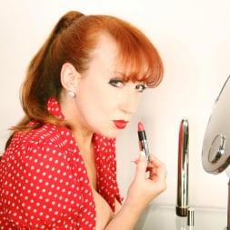 Red XXX in 'Red XXX' Lipstick (Thumbnail 11)