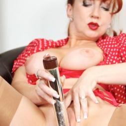 Red XXX in 'Red XXX' Lipstick (Thumbnail 19)
