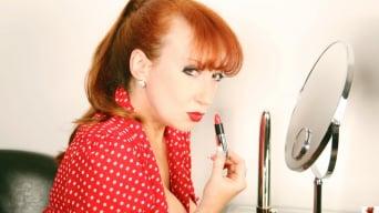 Red XXX in 'Lipstick'