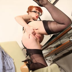 Red XXX in 'Red XXX' Office (Thumbnail 16)