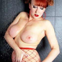 Red XXX in 'Red XXX' Red Hot Shower (Thumbnail 5)