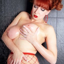 Red XXX in 'Red XXX' Red Hot Shower (Thumbnail 6)
